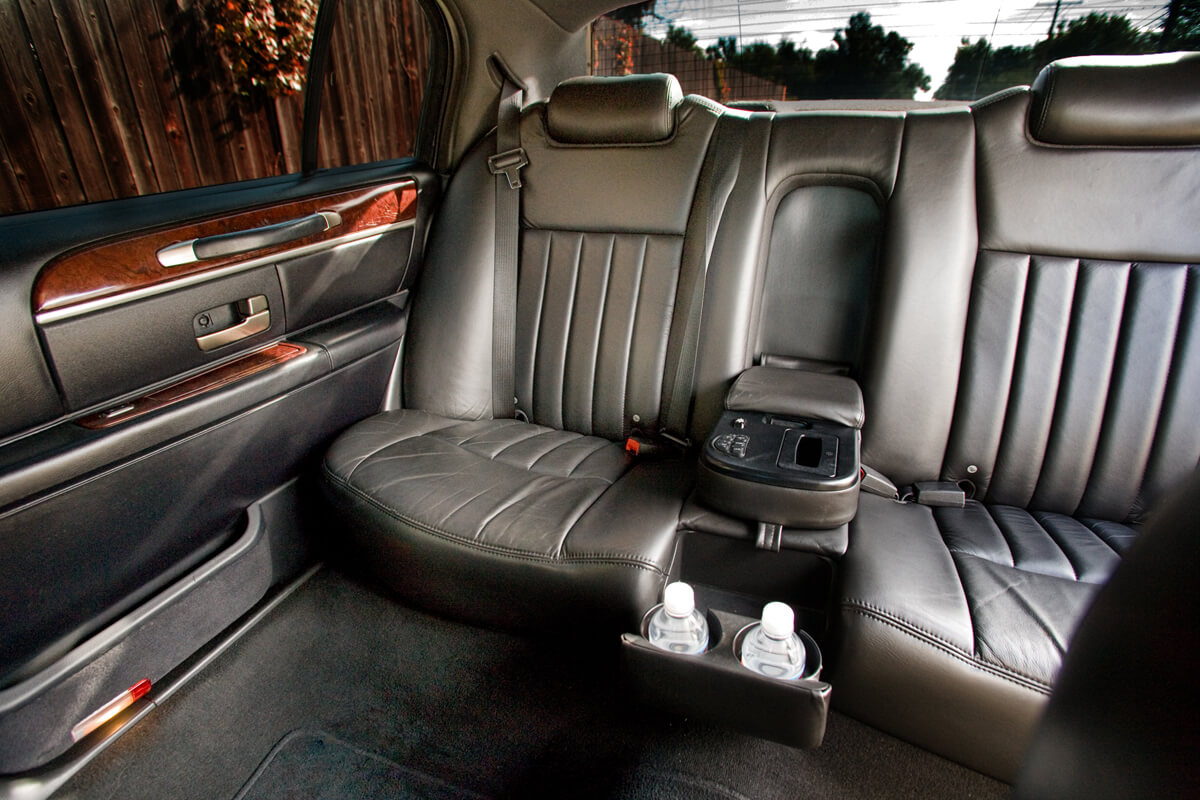 our fleet toronto limo service. Black Bedroom Furniture Sets. Home Design Ideas
